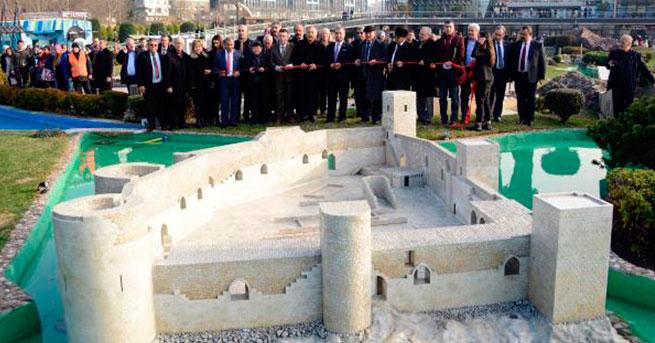 Miniatürk'te Sergilenen Kızkalesi'nin Açılışı Yapıldı